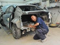 מוסכים מכונאי רכב תיקון רכב / צלם: תמר מצפי